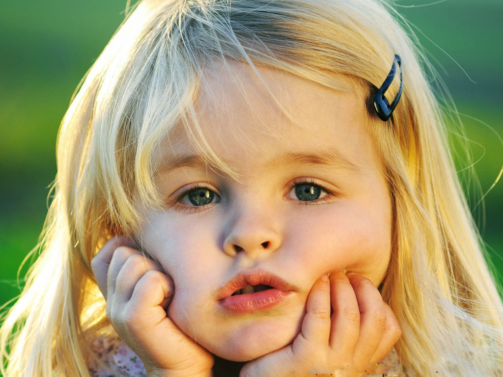 Cute Little Girl 1342 1024x768 Px
