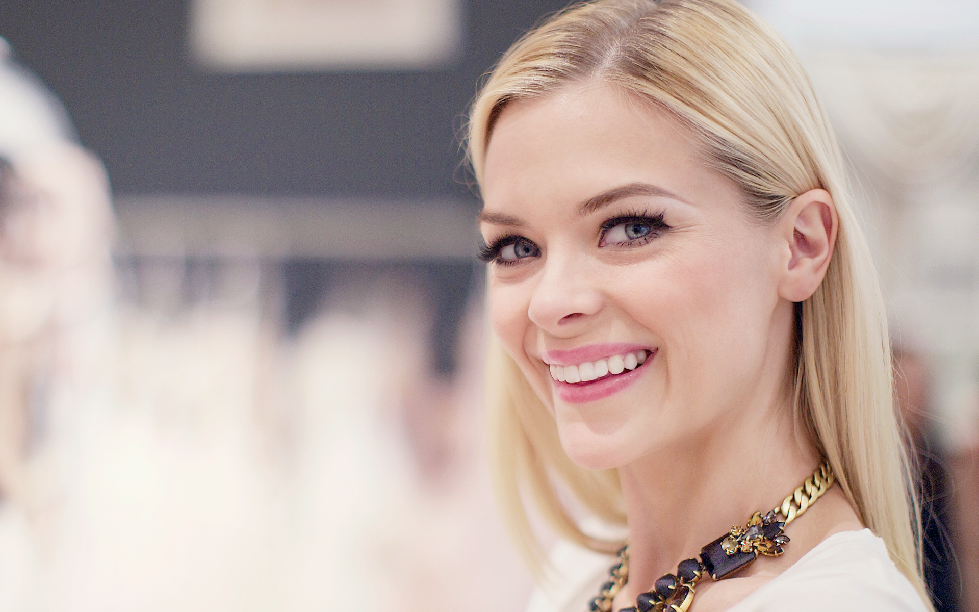 beautiful jaime king 37346