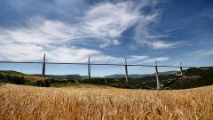 Amazing Millau Viaduct Wallpaper 36564