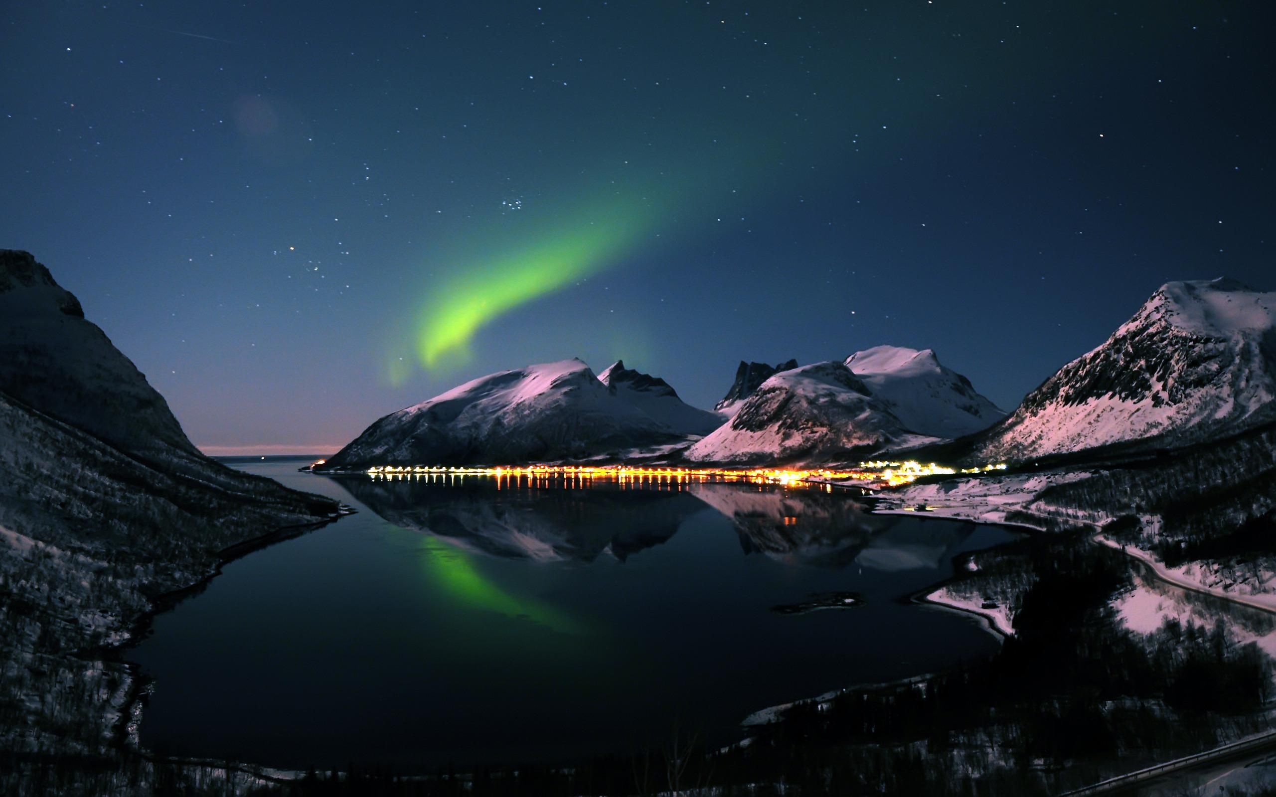 Aurora Borealis Wallpaper 5086 2560x1600px