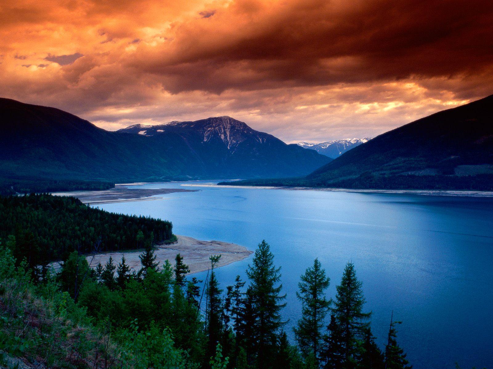 beautiful lake 37225