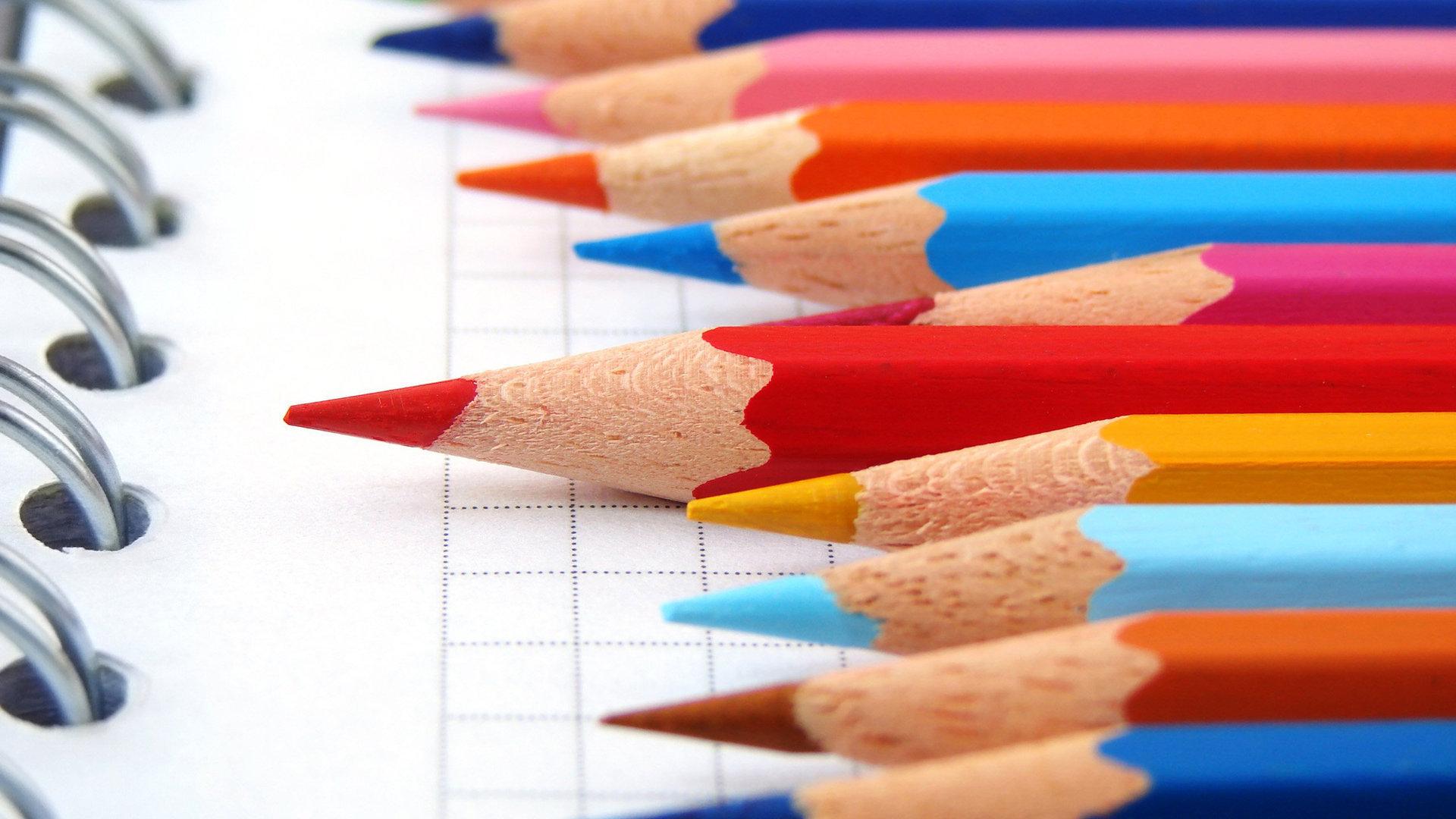 colored pencils wallpaper 40925