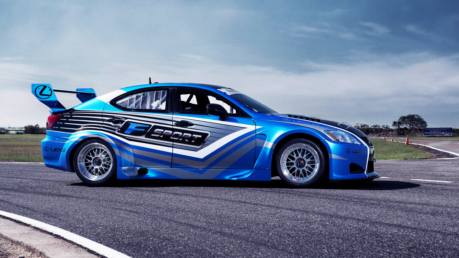 fantastic race car wallpaper 44695