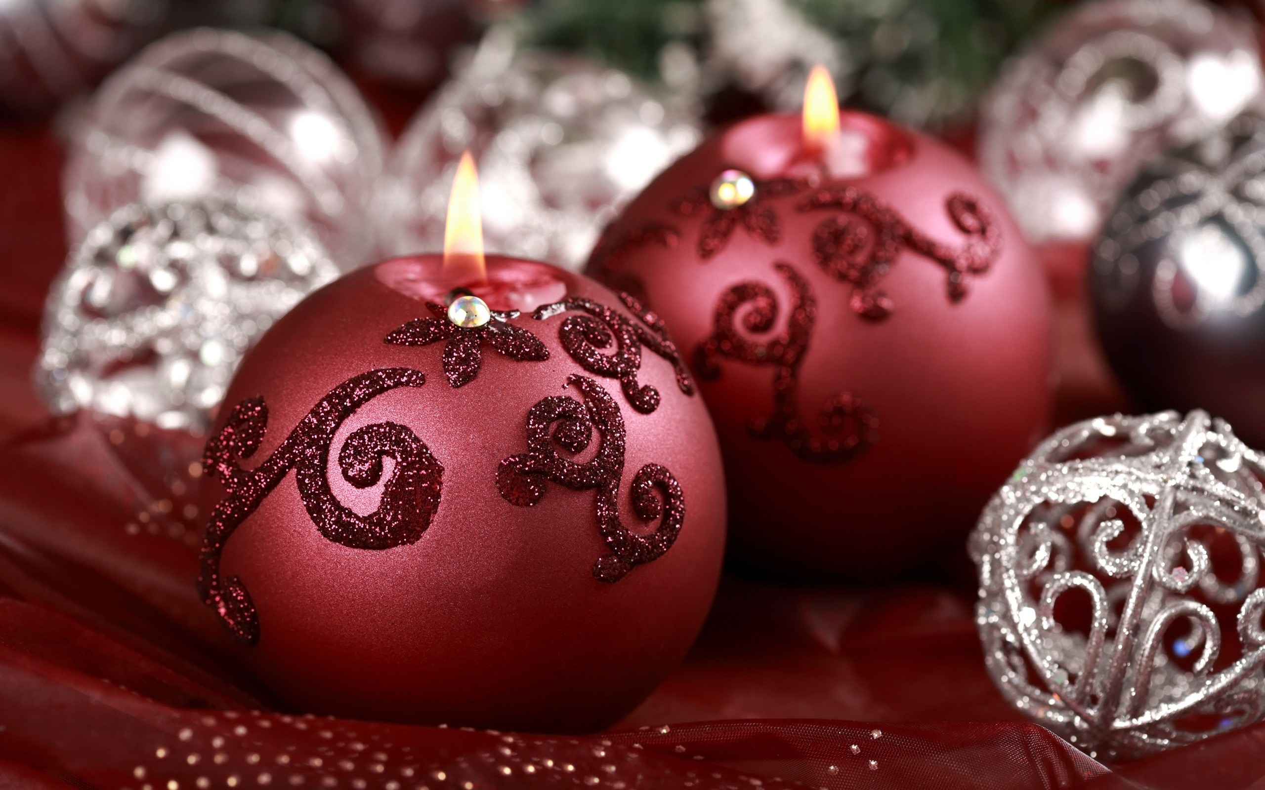 lovely holiday candles close up wallpaper 44451