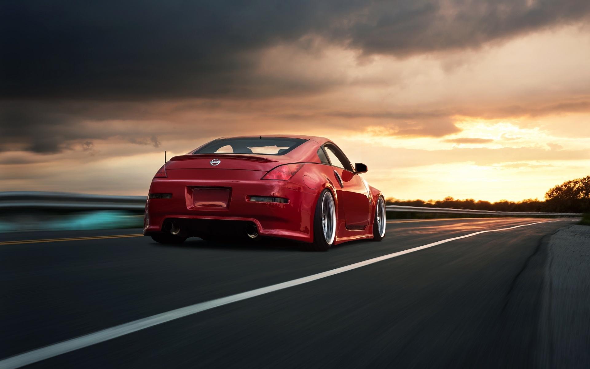 red car wallpaper 32650