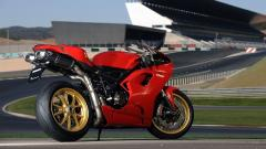 Awesome Red Bike Wallpaper 42928