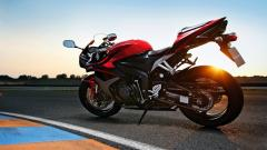 Beautiful Red Bike Wallpaper 42931