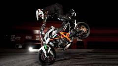 Bike Stunt Wallpaper HD 42934