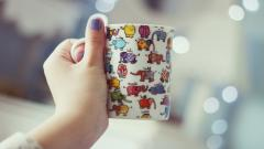 Cute Cup Hand Wallpaper 44262