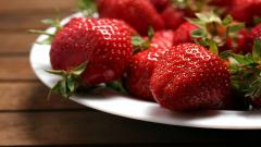 Fantastic Berries Wallpaper 44417