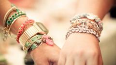 Fantastic Bracelet Wallpaper 43232