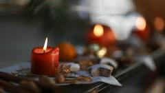 Holiday Candles Close Up Wallpaper 44450