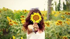 Lovely Girl Field Wallpaper 44894