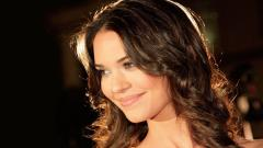 Odette Annable HD 37233