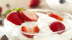 Strawberry Milkshake Wallpaper 44260