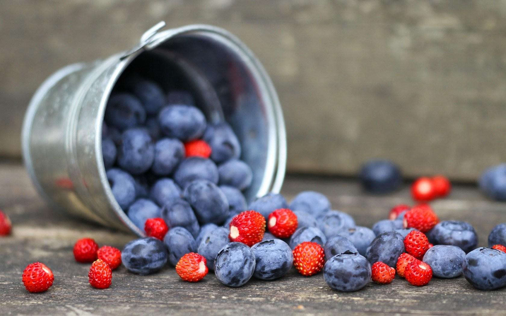 wonderful berries wallpaper 44413