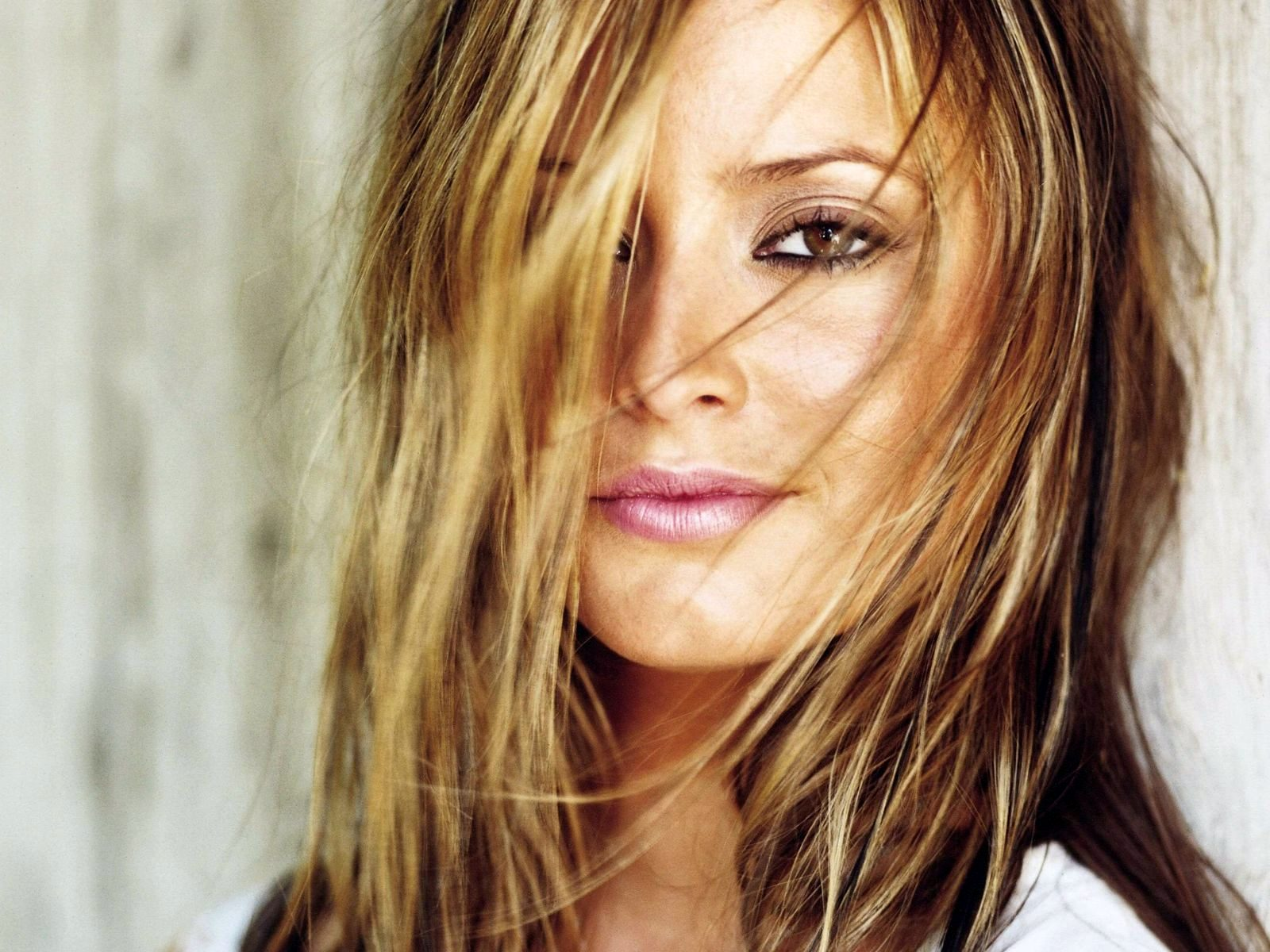 Beautiful Holly Valance Wallpaper Px