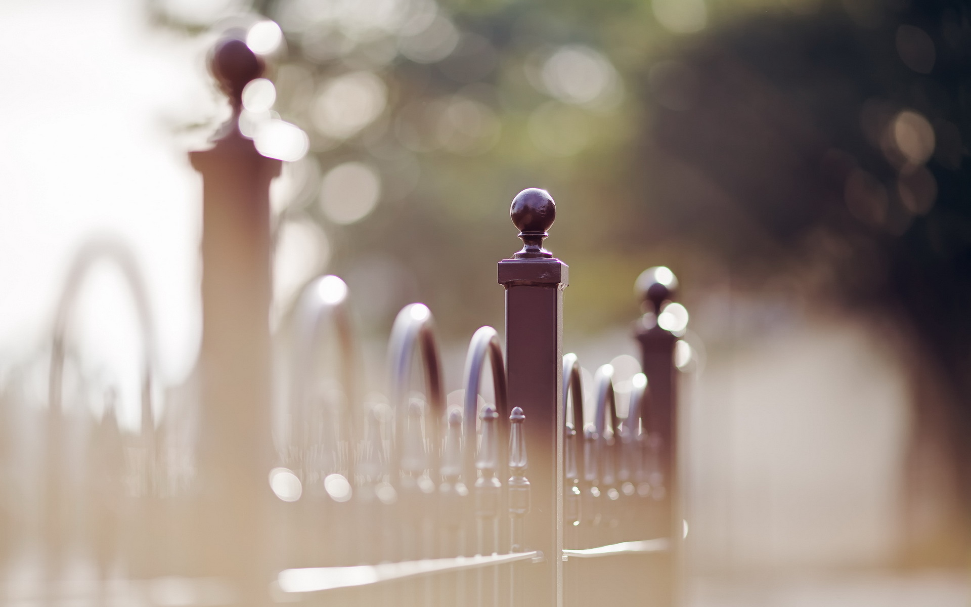 city fence mood wallpaper 43461