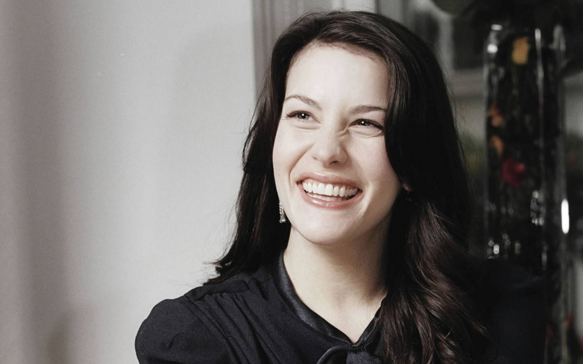 cute liv tyler wallpaper 37017