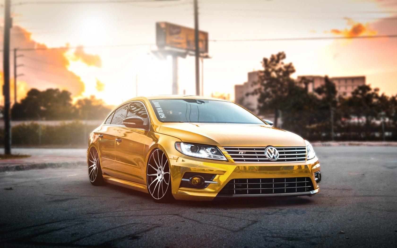stunning gold car wallpaper 43452