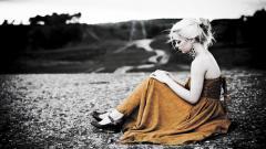 Blonde Model Mood Wallpaper 42818
