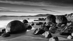 BW Boulders Wallpaper 39148