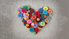 Cute Buttons Heart Wallpaper 43468