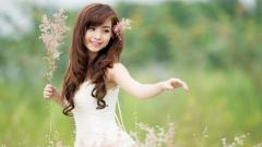 Lovely Girl Flowers Wallpaper 44552