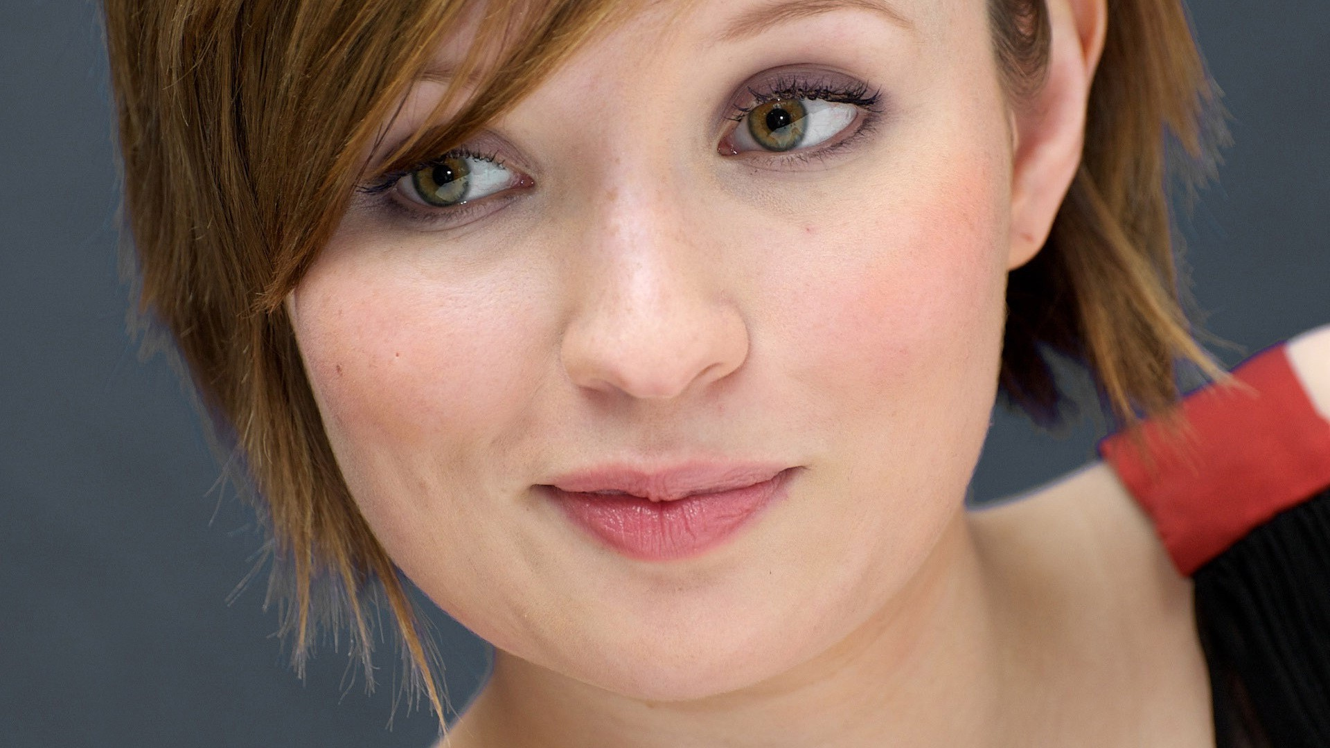 emily browning wallpaper 40038