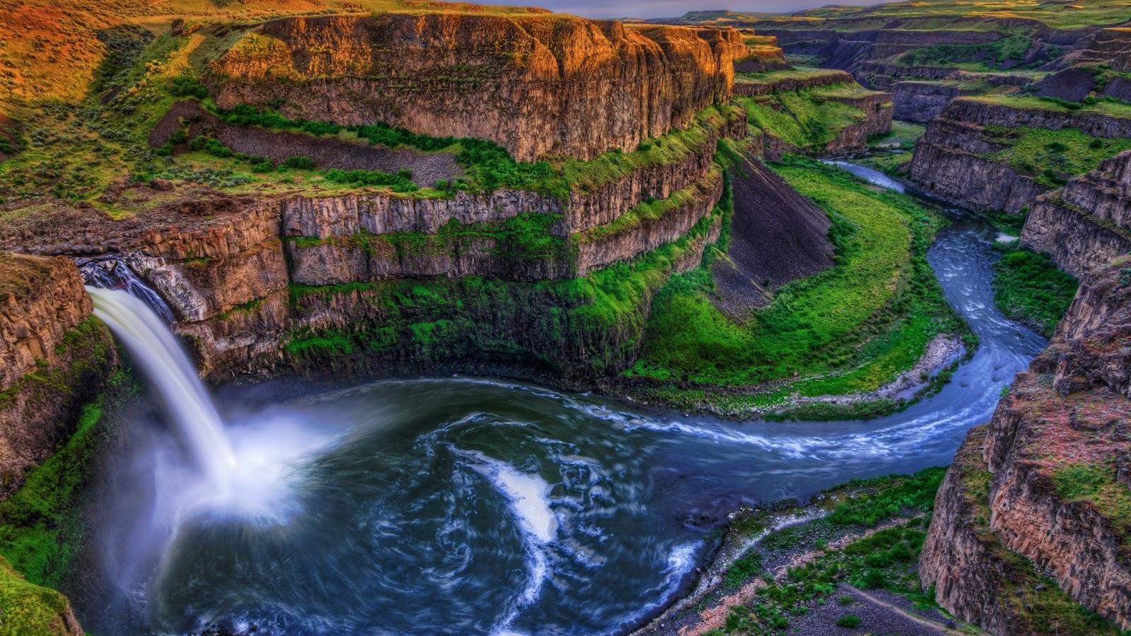 River Wallpaper HD