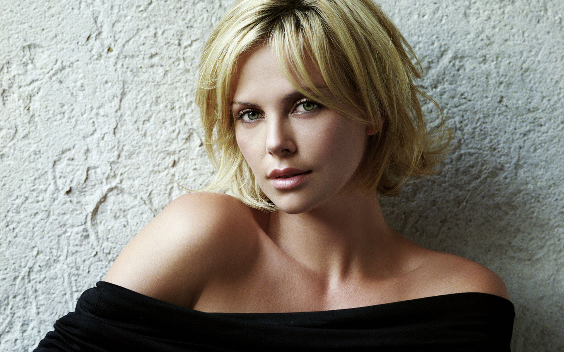 charlize theron wallpaper 17846