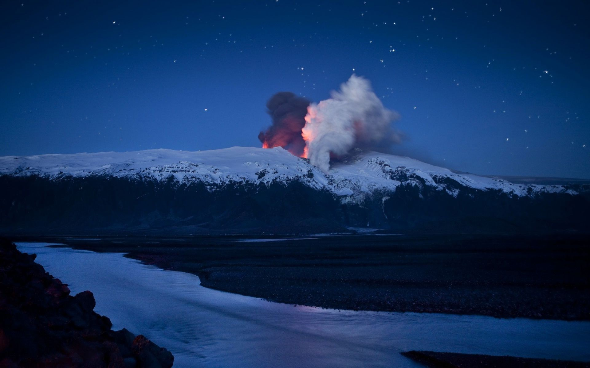 stunning volcano wallpaper 20291