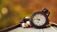 Beautiful Pocket Watch Wallpaper 45072