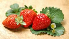 Fresh Strawberries Wallpaper 38839