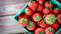 Strawberries Wallpaper 38826