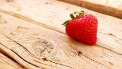 Strawberry 38837