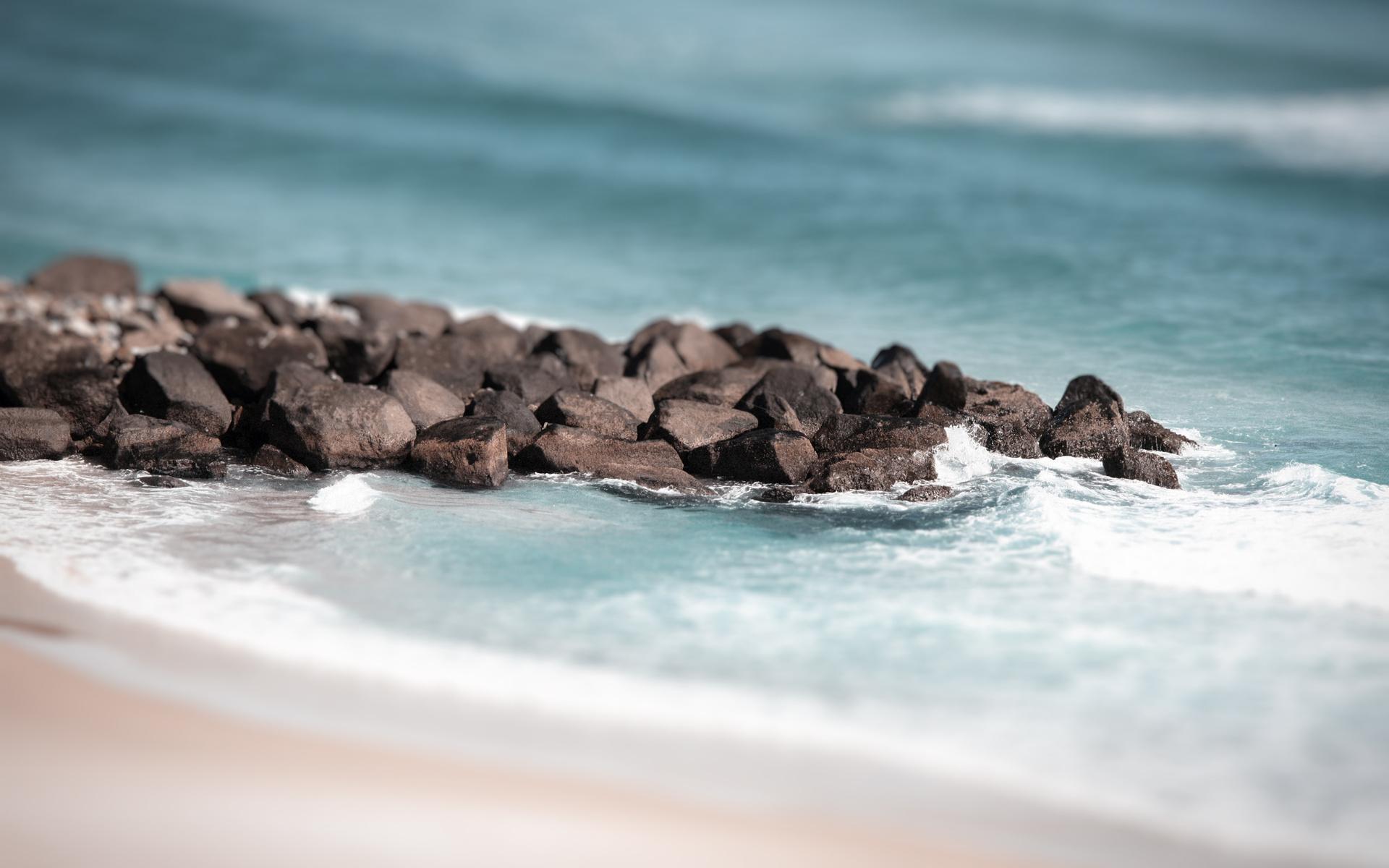 beach rocks 34600