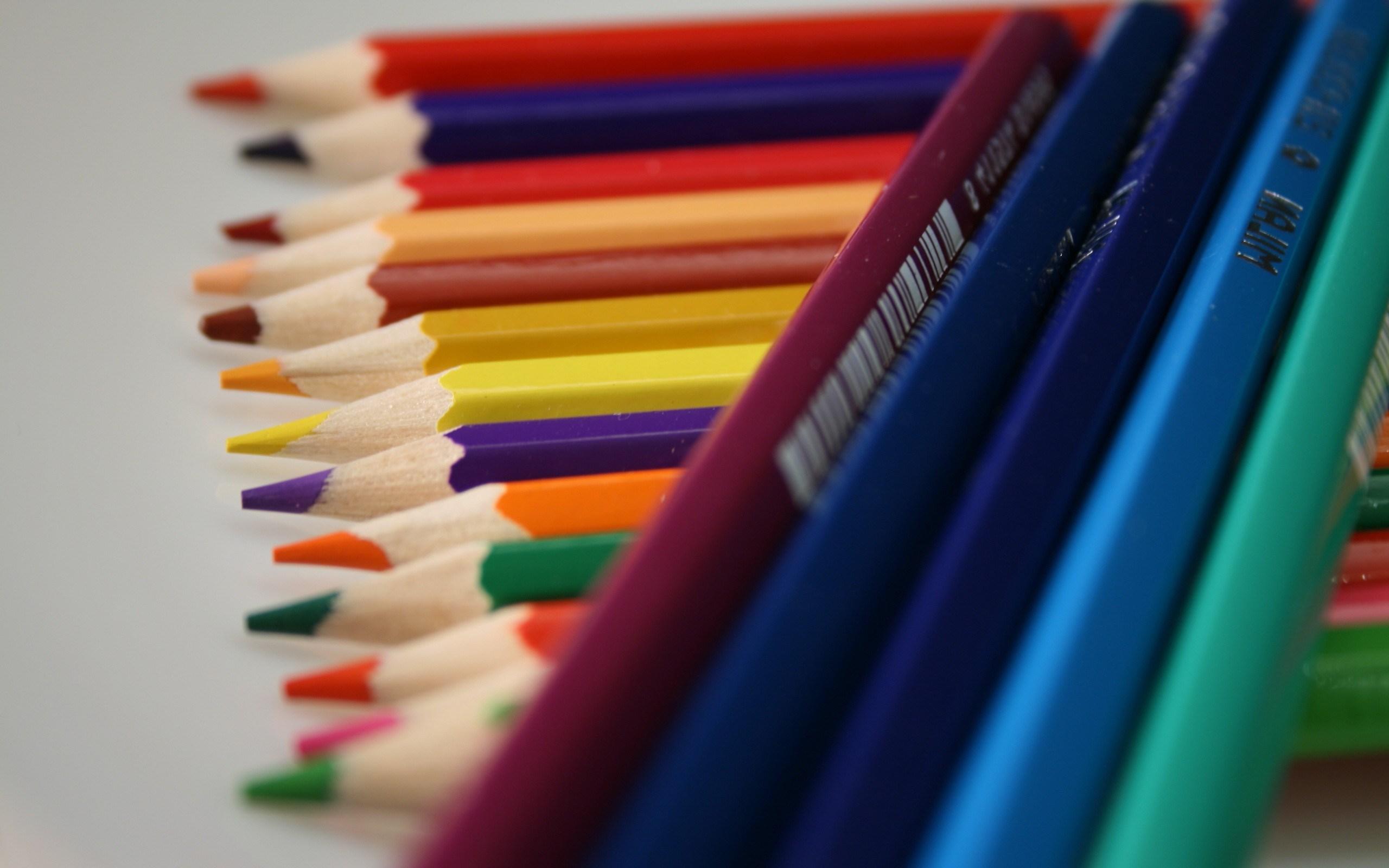 free colored pencil mood wallpaper 43910