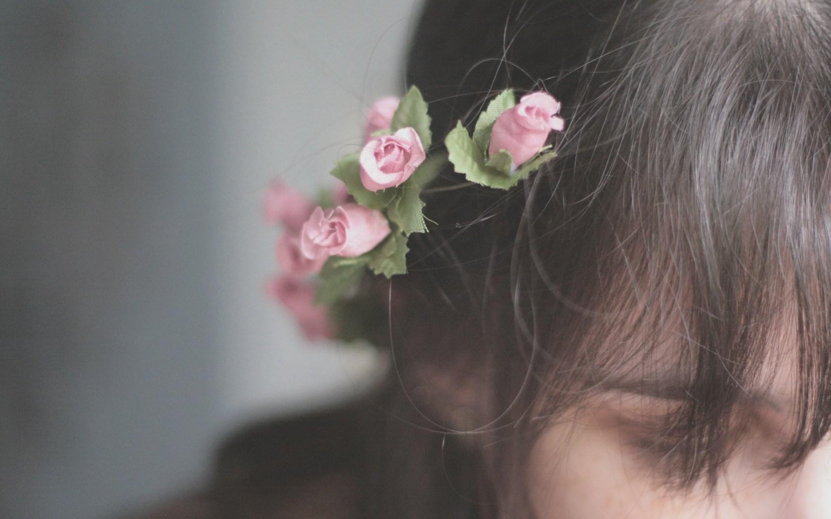 lovely girl hair mood wallpaper 43681