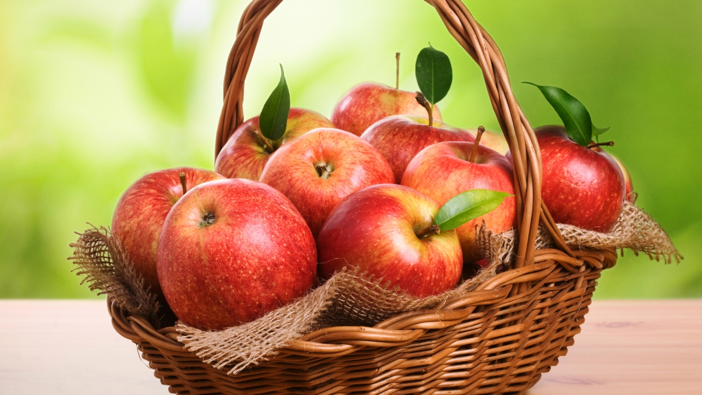 pretty apples wallpaper 43080