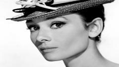 Beautiful Audrey Hepburn 17097