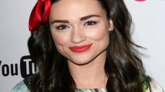 Crystal Reed Pictures 30994