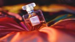 Fantastic Perfume Wallpaper 43711