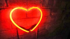 Neon Heart 13315