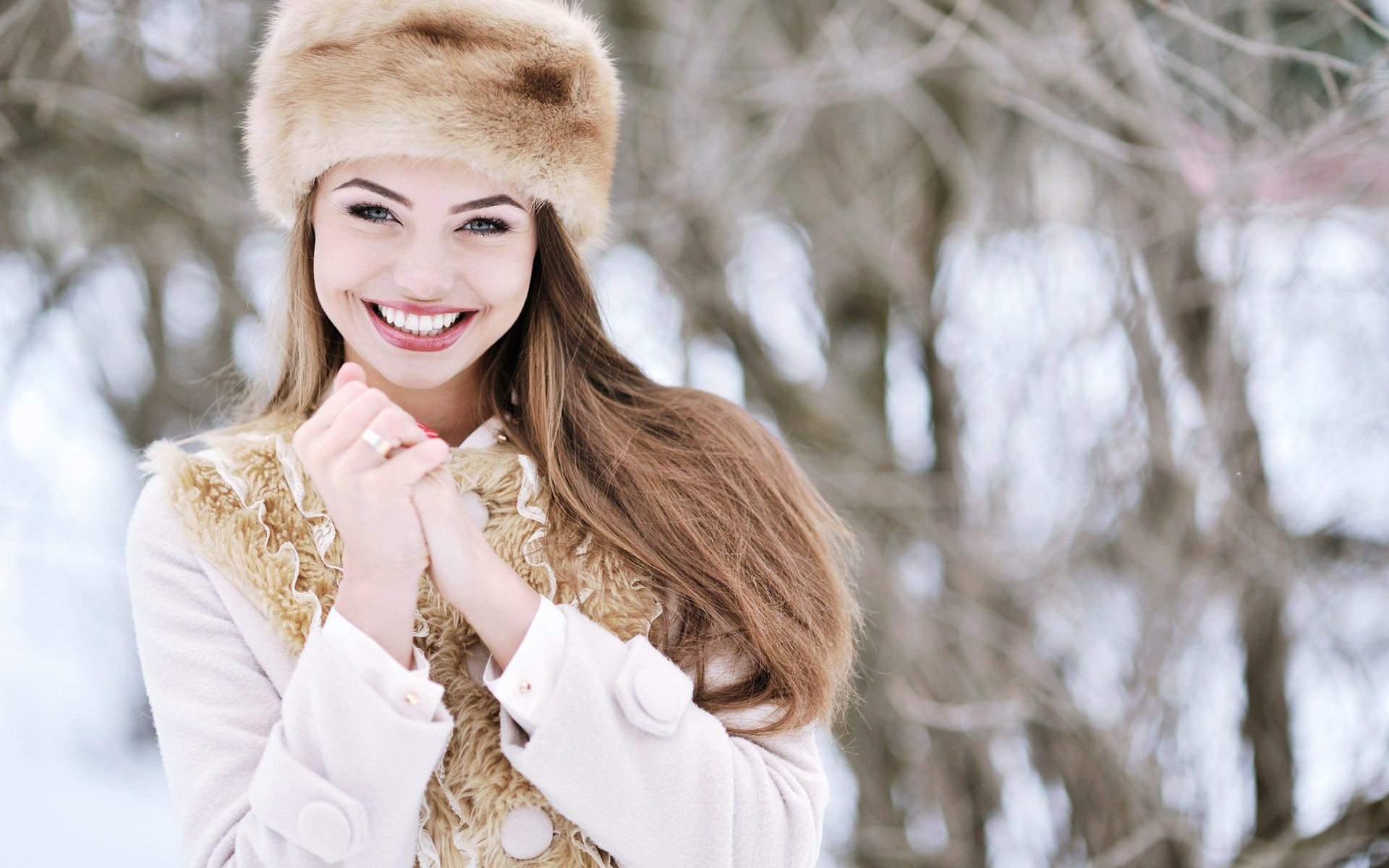 beautiful girl hat wallpaper 43323