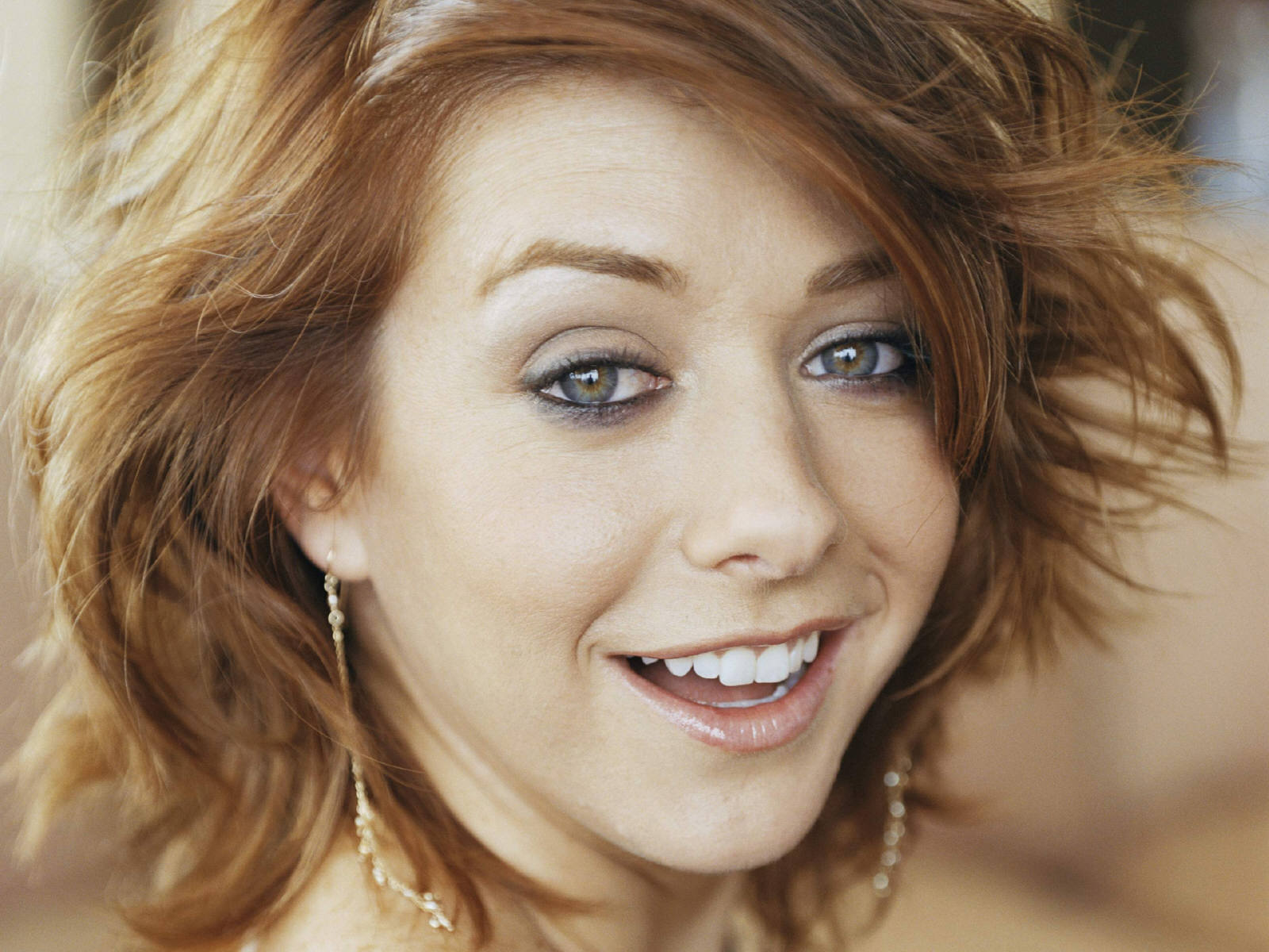 cute alyson hannigan 24773
