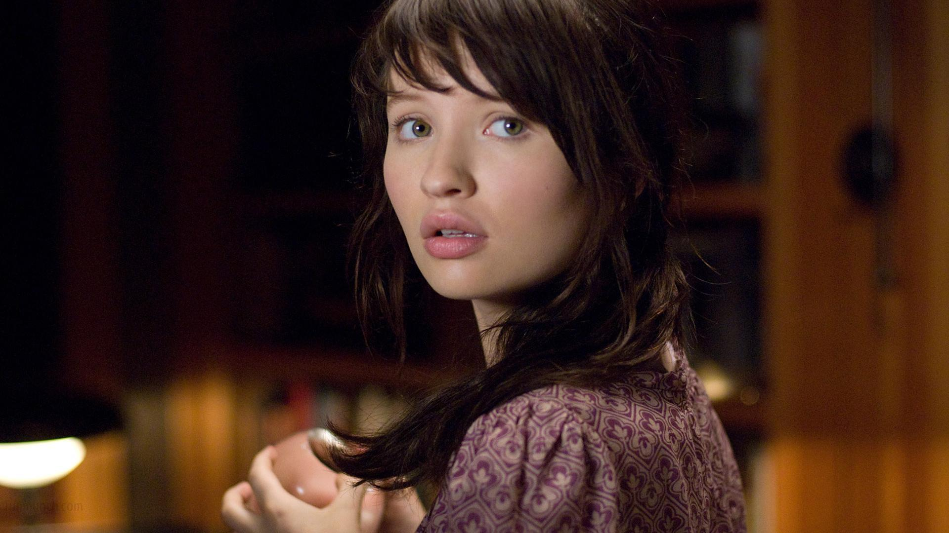 emily browning 11574