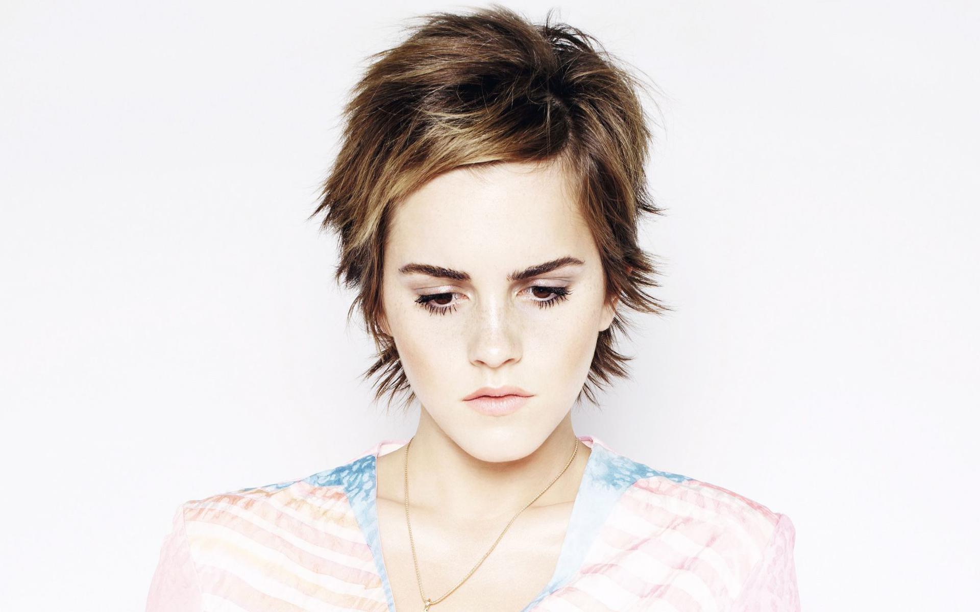 Download Emma Watson 8...