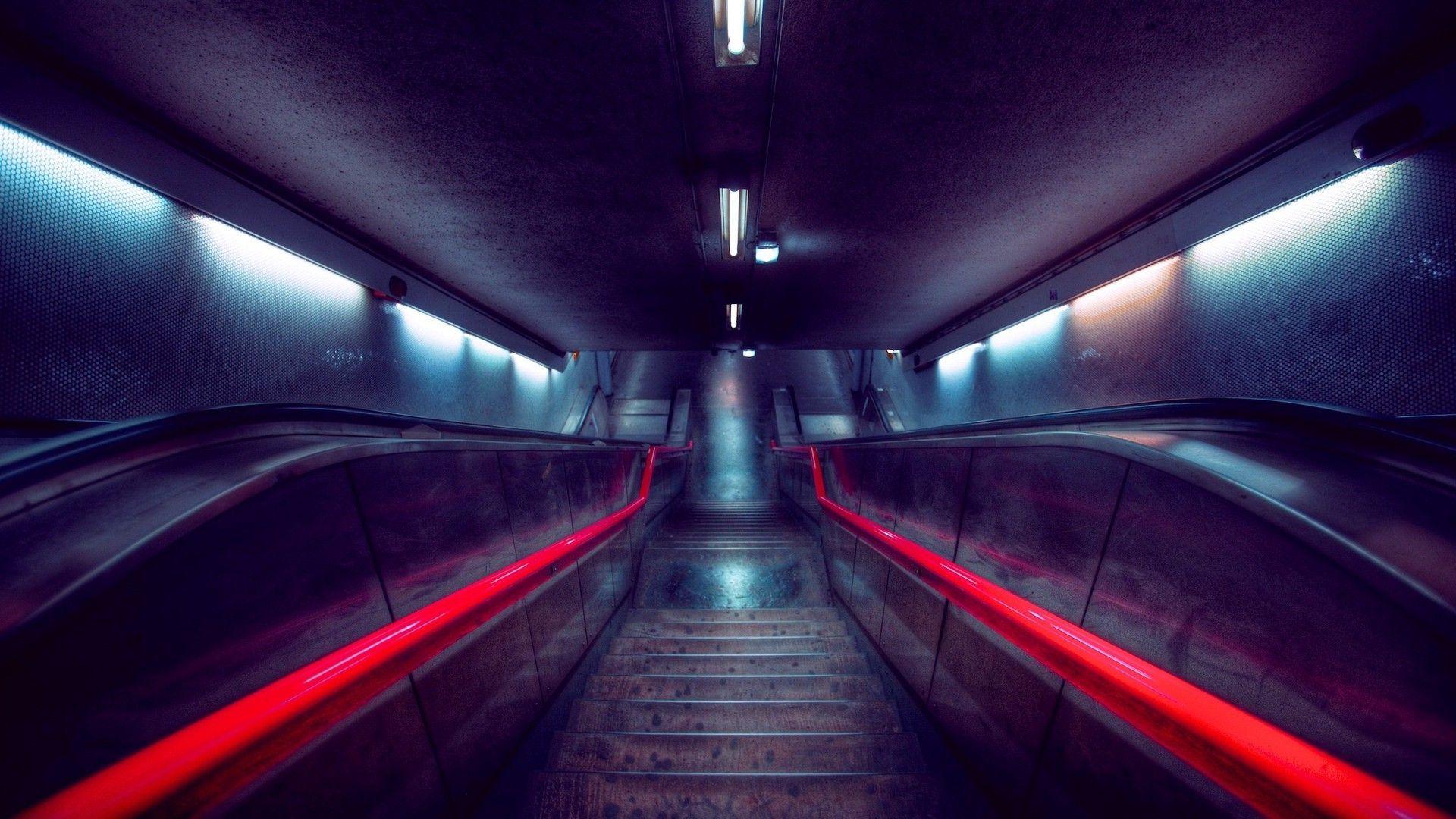 escalator 37957
