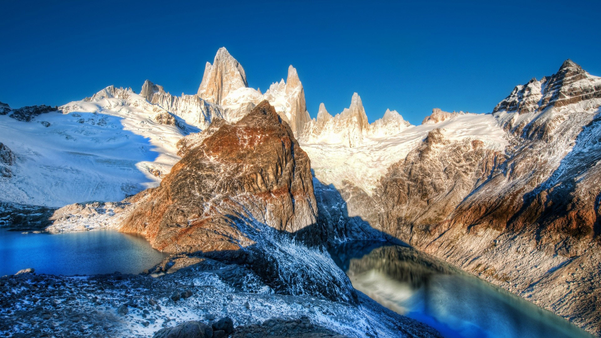free mountain peaks wallpaper 33584